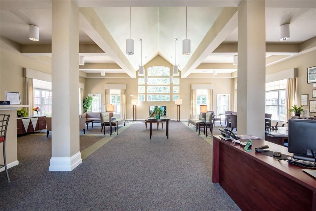 Overlooke at Simms Creek Apartments | Leasing Office Interior