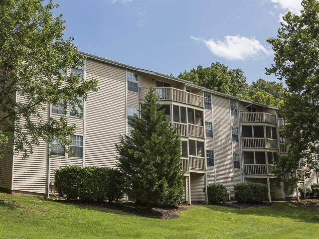 Apartments for Rent | Landmark at Lyncrest Reserve Apartment Homes Nashville, TN