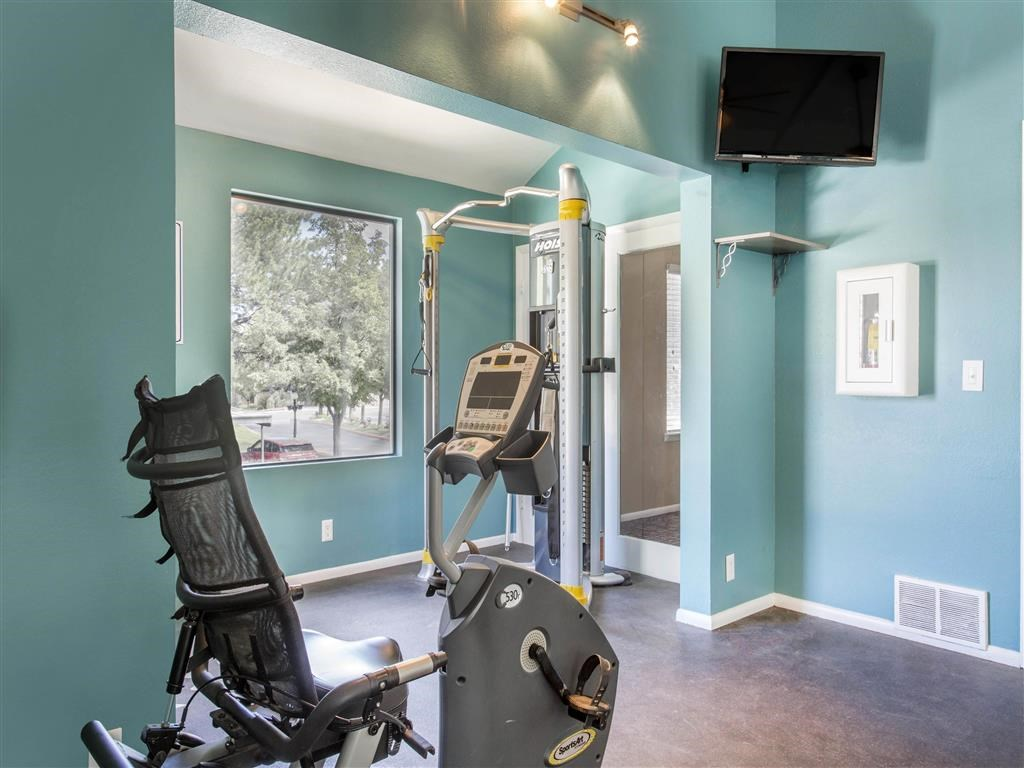 James Pointe Apartments | Fitness Center