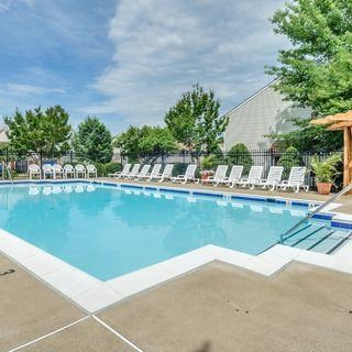 Swimming Pool And Relaxing Area at Soldiers Ridge Apartments, Manassas, 20109