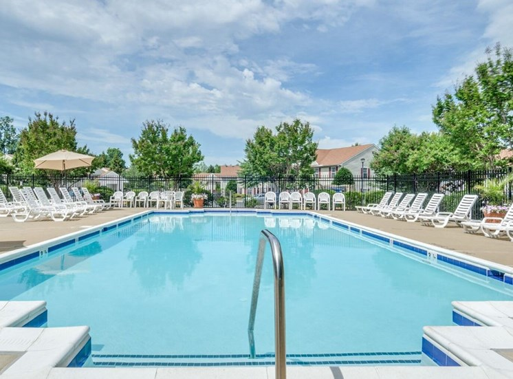 Swimming Pool With Lounge Chairs at Soldiers Ridge Apartments, Manassas