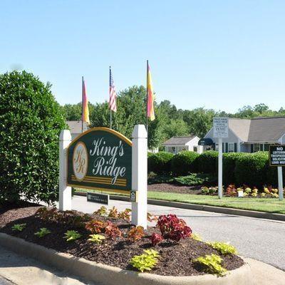 Community Sign at King's Ridge Apartments, Virginia