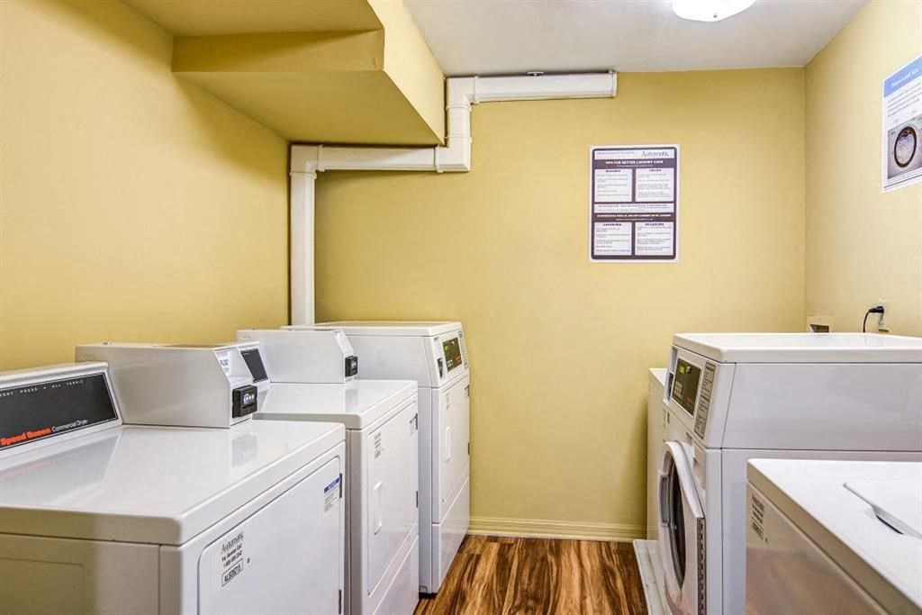 Silver Hill at Arboretum Apartments | Laundry Facility