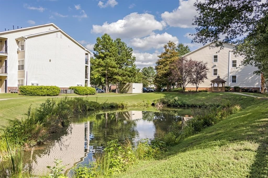 Silver Hill at Arboretum Apartments | Waterfront View