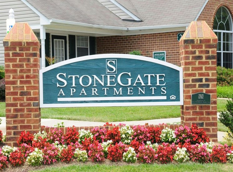 Monument Sign at Stonegate Apartments, Stafford, 22554