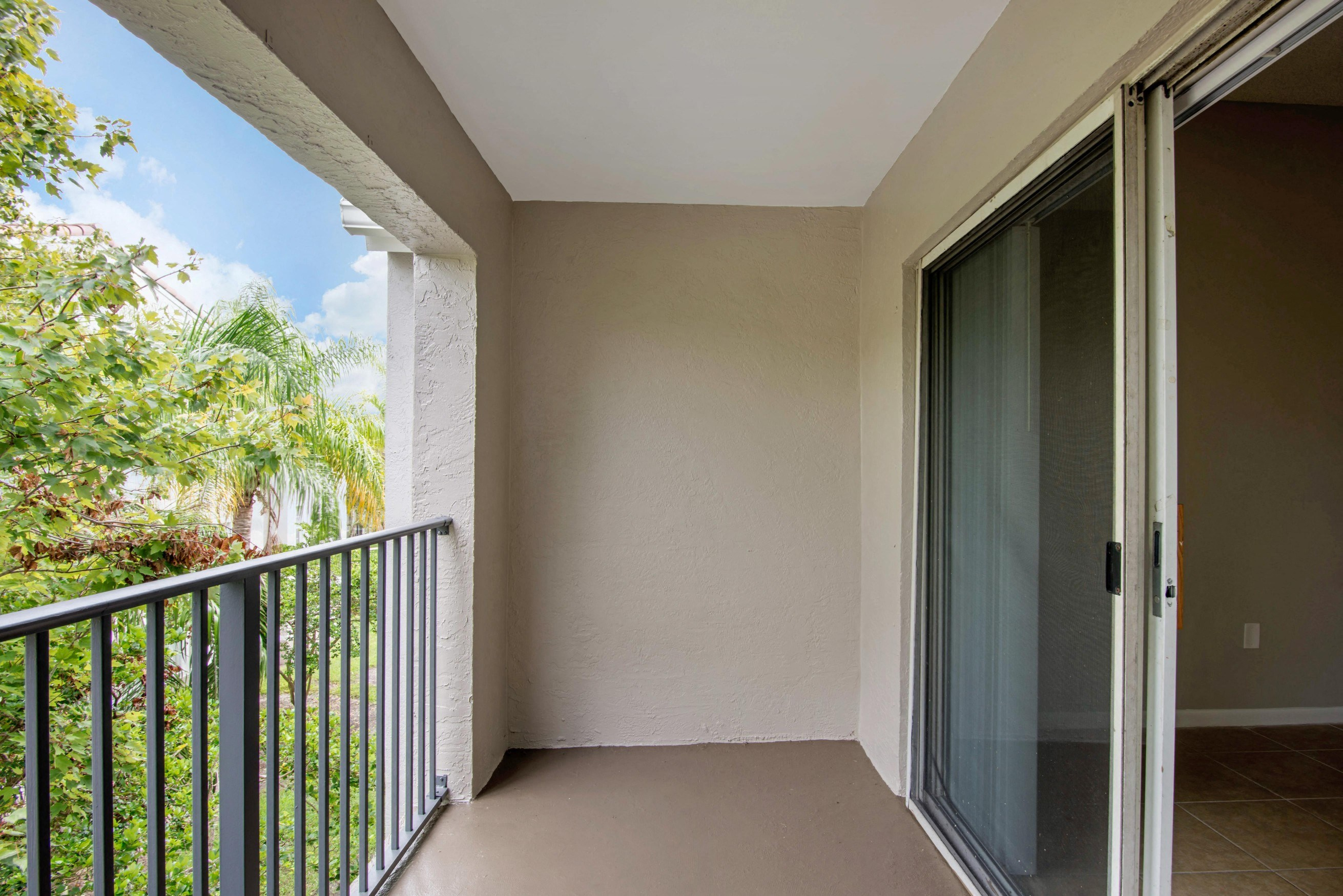 St. Andrews at Winston Park Apartments | Patio