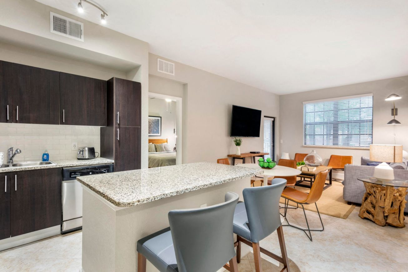 Park Aire Apartments | Furnished Apartments