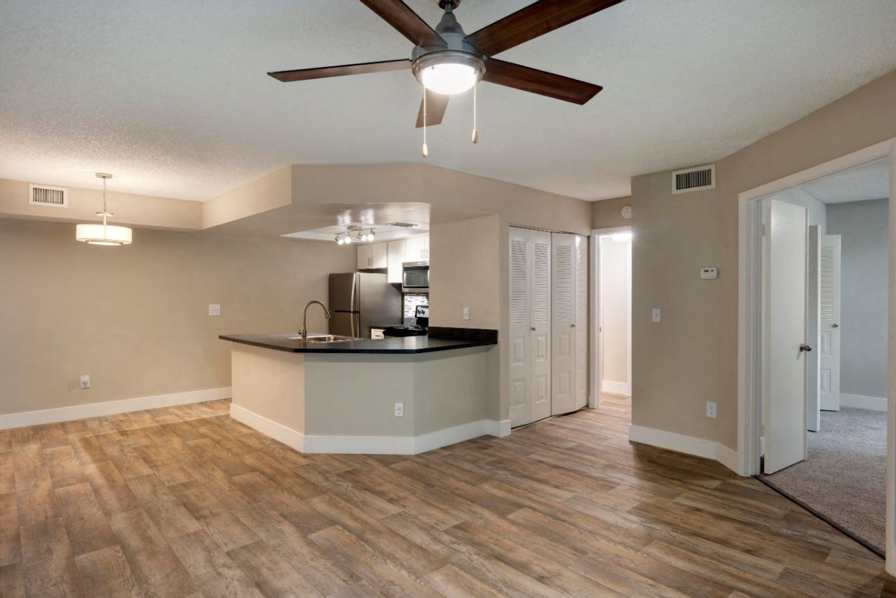 Hammocks Place Apartments | Spacious Living Room with Hardwood Flooring