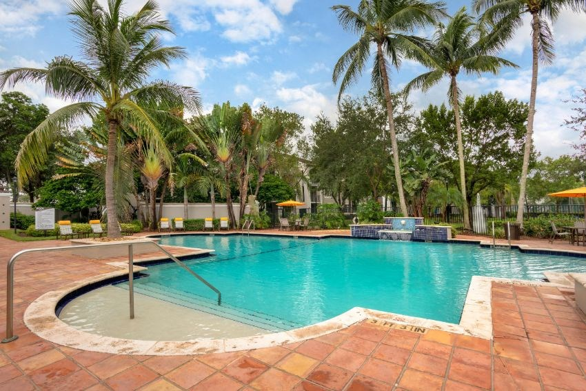 St. Andrews at Winston Park Apartments | Pool with Tanning Deck