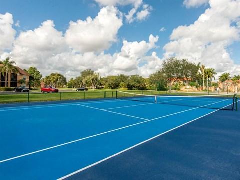 The Landings at Pembroke Lakes Apartments | Tennis Court