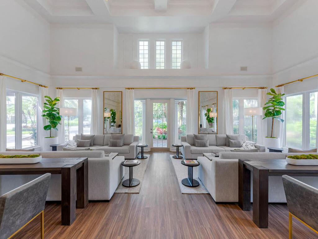 ThePreserve at Deer Creek Apartmen ts | Clubhouse Interior and Social Area