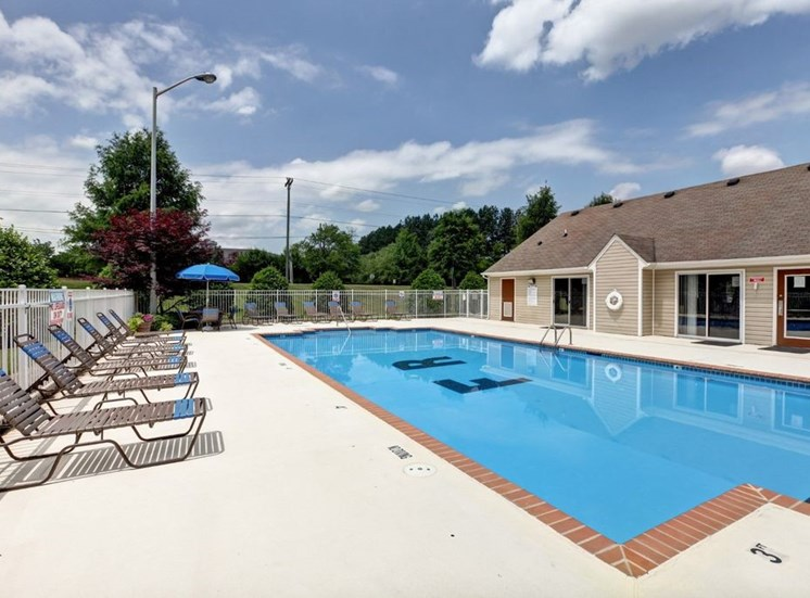 Community Clubhouse With Swimming Pool at Foxridge Apartments, North Carolina