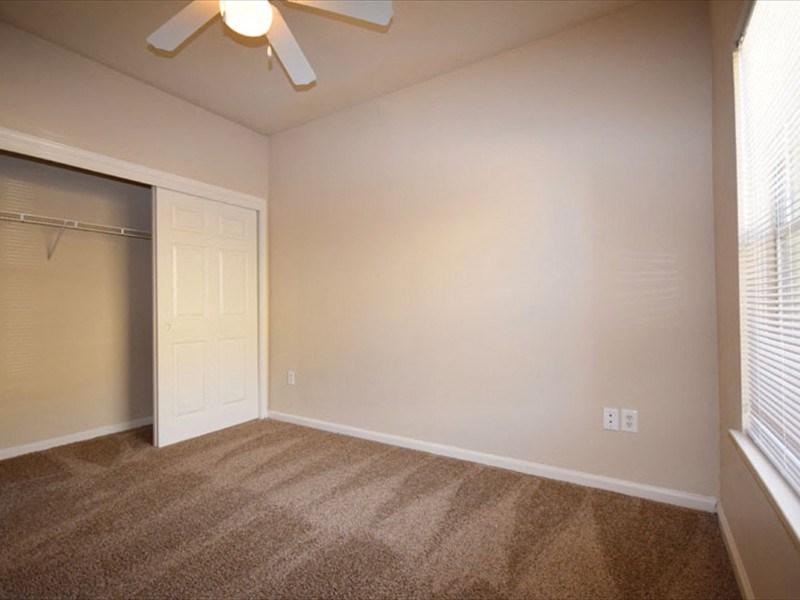 Prairie Ranch Apartment Homes|Bedroom with Ceiling Fan