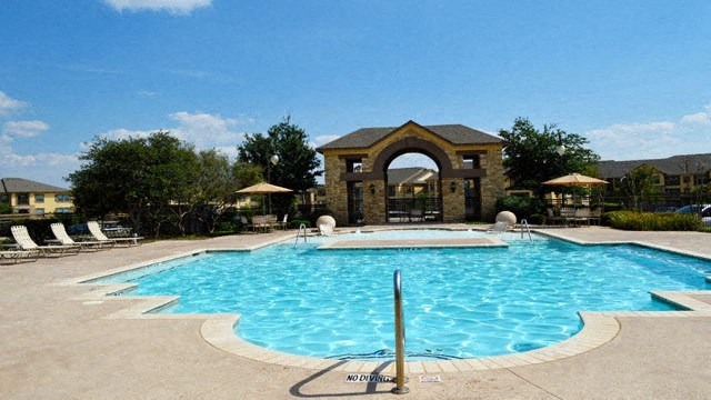 Providence Place Apartment Homes|Swimming Pool