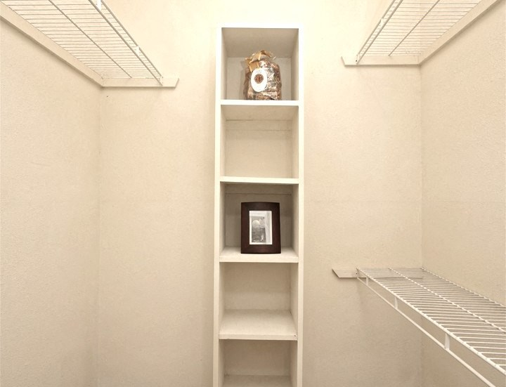 Walk in Closet with Built in Shelves and Wire Shelving Racks
