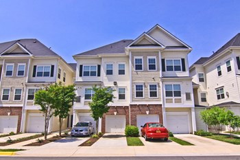 10275 Dorchester Place 1-2 Beds Apartment for Rent Photo Gallery 1