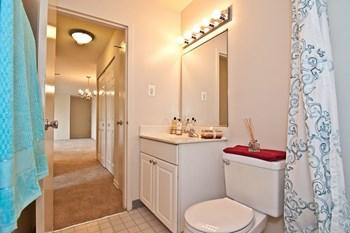 1265 Elden Street 1-2 Beds Apartment for Rent Photo Gallery 1