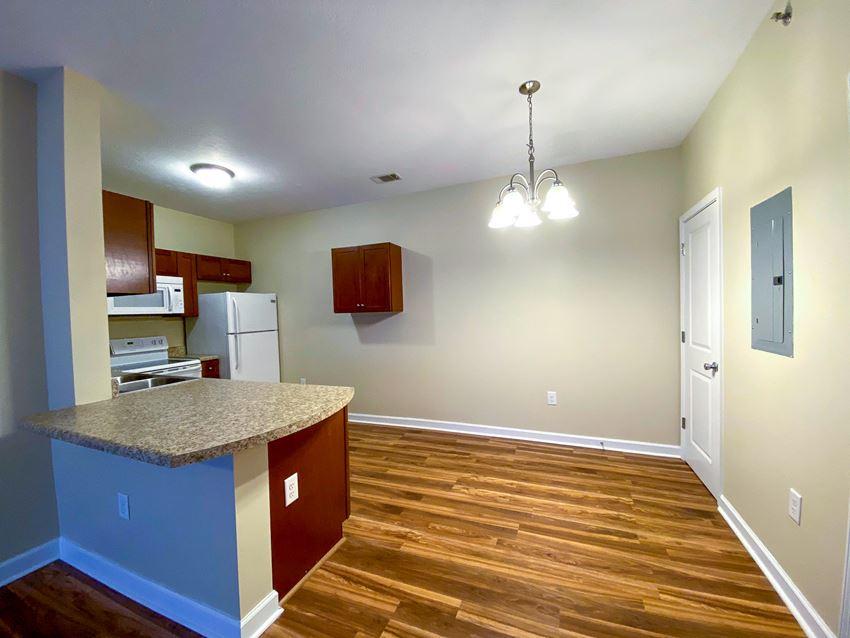 Vista Apartments & Townhomes