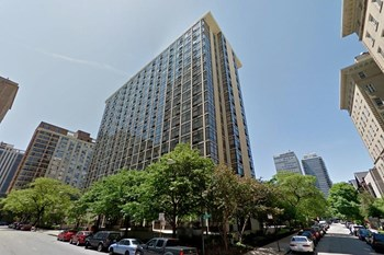 65 East Scott Studio-2 Beds Apartment for Rent Photo Gallery 1
