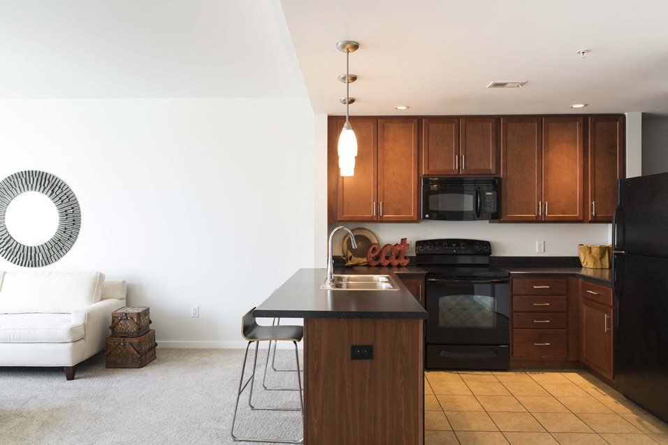 Photos of Midtown Crossing Apartments | Apartments in ...