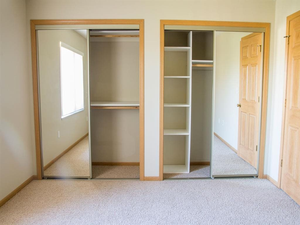 closet space at Southwind Villas in La Vista Nebraska