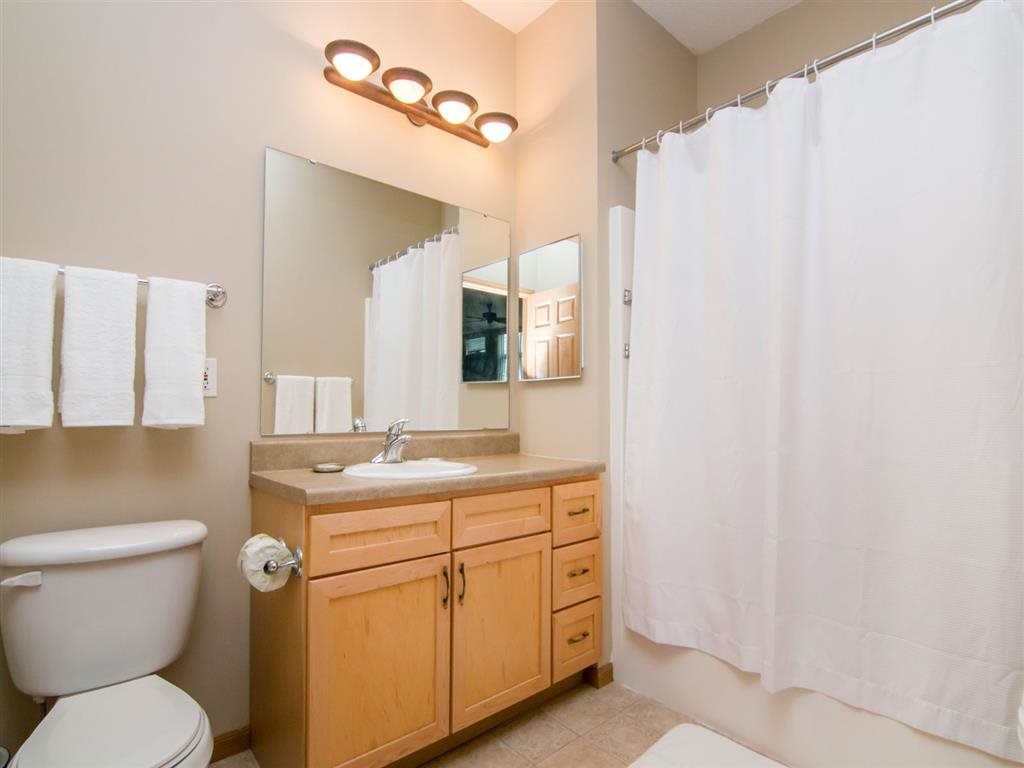 spectacular washroom at Southwind Villas in La Vista Nebraska