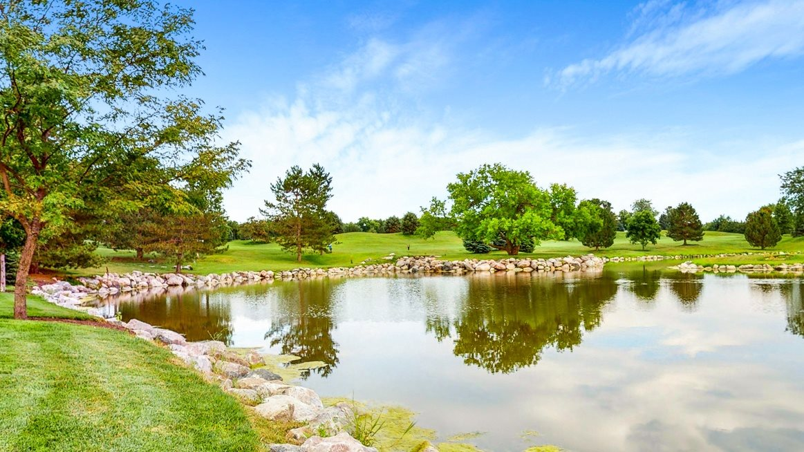 Golf course and  water feature views are available to some of our beautiful floor plans at The Villas at Wilderness Ridge luxury apartments in southwest Lincoln NE 68512