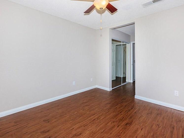Spacious Apartment Layouts At Imperial Apartments in Santa Ana, CA.