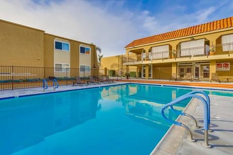 Swimming Pool at Whiffle Tree Apartments in Huntington Beach California.