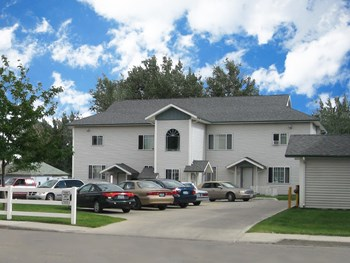 828 W. Buffalo Street 1-3 Beds Apartment for Rent Photo Gallery 1