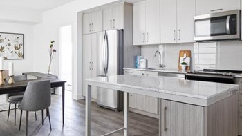 100 Frontier Path Private 2 Beds Apartment for Rent Photo Gallery 1
