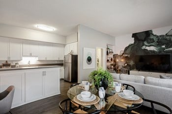 415 Gayley Ave. Studio-2 Beds Apartment for Rent Photo Gallery 1
