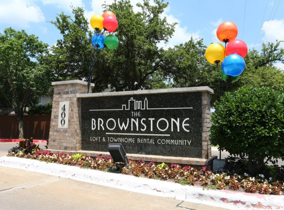 Brownstone Townhomes signage