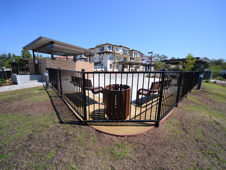 Yolo Apartments Exterior Lawn and Gate