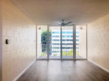 1552 Young St. 1-2 Beds Apartment for Rent Photo Gallery 1