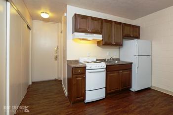 1531 Kamehameha IV Road Studio-2 Beds Apartment for Rent Photo Gallery 1