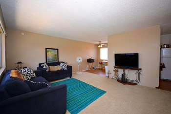 3074 Channel Dr 1-2 Beds Apartment for Rent Photo Gallery 1