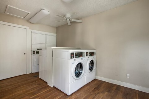 Courtyards of Roses Apartments laundry room
