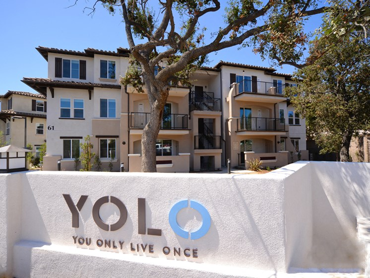 Yolo Apartments Property Entry