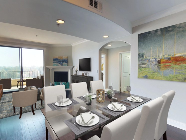 Vista Paradiso three bedroom unit dining room