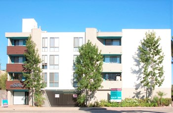 4250 Coldwater Canyon Ave. 1-2 Beds Apartment for Rent Photo Gallery 1
