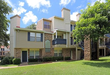 1727 Westview Terrace 1-3 Beds Apartment for Rent Photo Gallery 1
