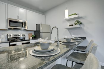 100 West Kleine Lane 2 Beds Apartment for Rent Photo Gallery 1