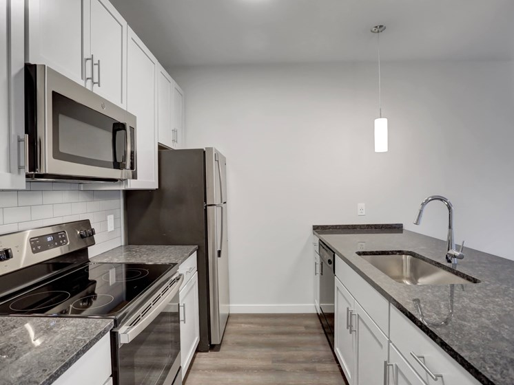 Lancaster Apartments Large Kitchen | Apartments at Lititz Springs | Apartments in Lititz Springs