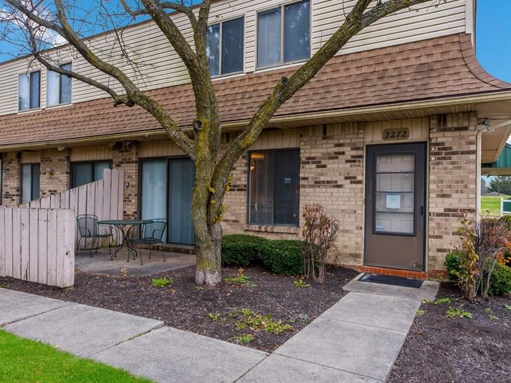 Backyard Garden at Ashley Village Apartments, Columbus, OH, 43232