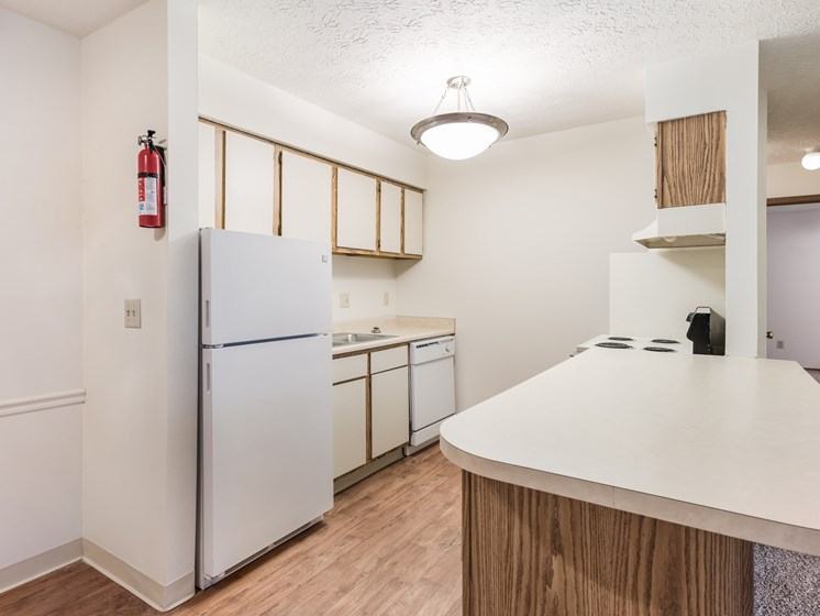 Model Kitchen at Chatham Village Apartments, Ohio, 48232