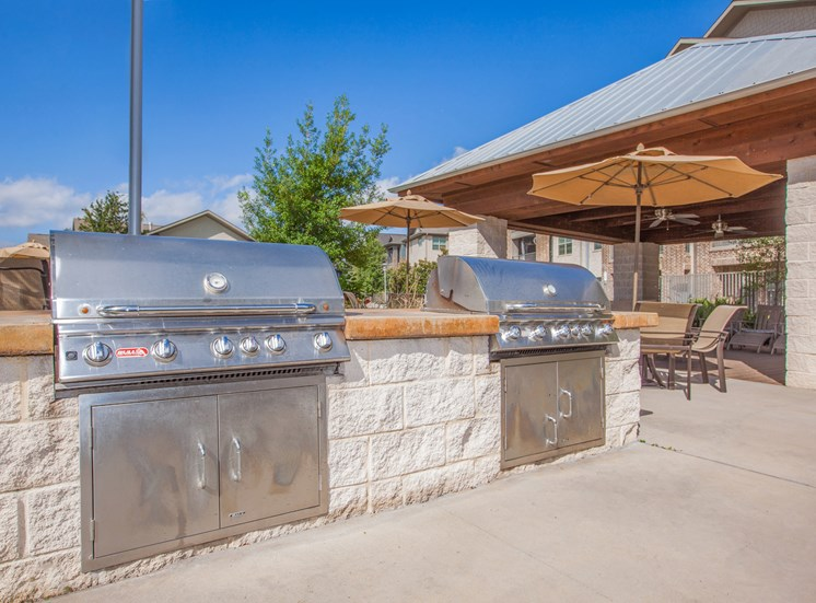 outdoor kitchen with grill