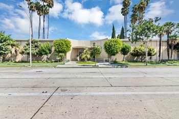 8721 Imperial Hwy. 1-2 Beds Apartment for Rent Photo Gallery 1