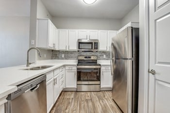 901 US Highway 80 East 1-3 Beds Apartment for Rent Photo Gallery 1