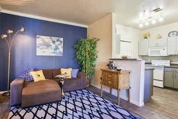 15251 South 50Th St 3 Beds Apartment for Rent Photo Gallery 1
